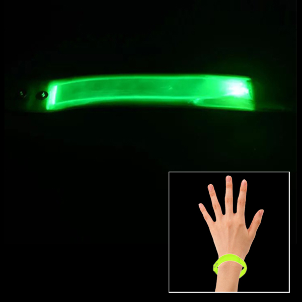 23cm Splashproof Lattice Material Luminous Bracelet for Outdoor Sports (Green)
