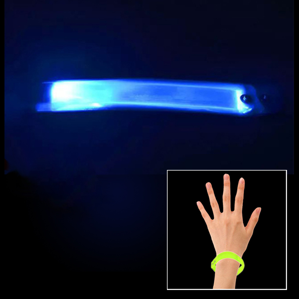 23cm Splashproof Lattice Material Luminous Bracelet for Outdoor Sports (Blue)