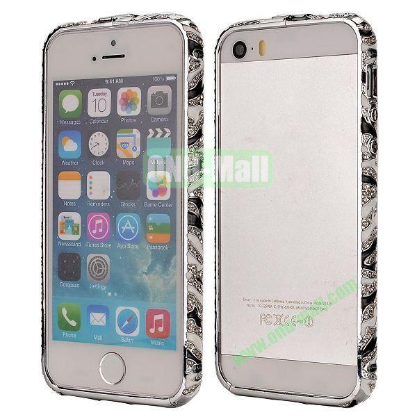 Diamond Embossed Cool China Ceramic Design Aluminum Frame Case for iPhone 5 5S (Black and White)